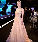 dakota fanning, screen actors guild awards, sag awards, 2018